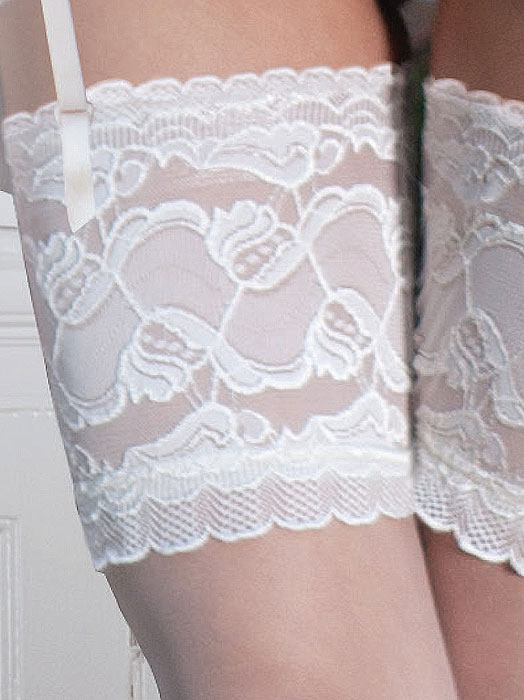Couture Soft And Sheer Bridal Lace Top Stockings Zoom 2