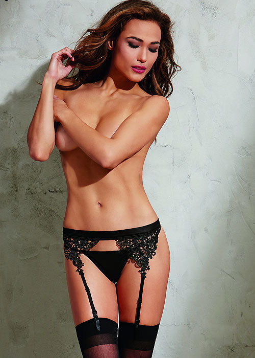 Dreamgirl Suspender Belt With Embroidered Venice Lace Trim