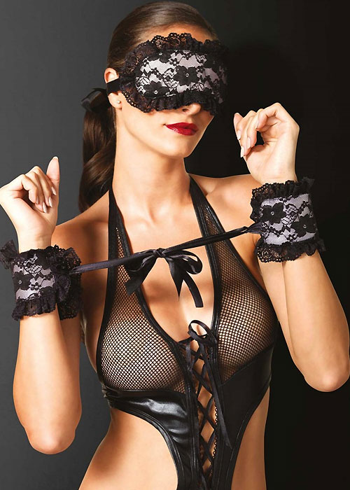 Leg Avenue KINK Lace Eye Mask And Cuffs