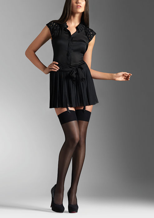 Le Bourget Voilance Satine 15 Denier Stockings