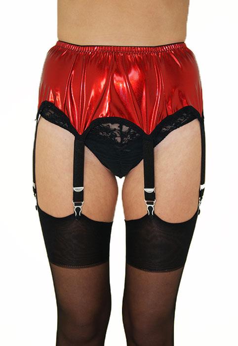 Sassy 6 Strap Wet Look Suspender Belt