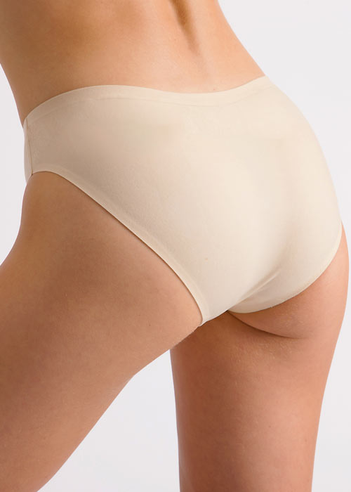 Silky Dance Childrens Invisible High Cut Brief Zoom 2