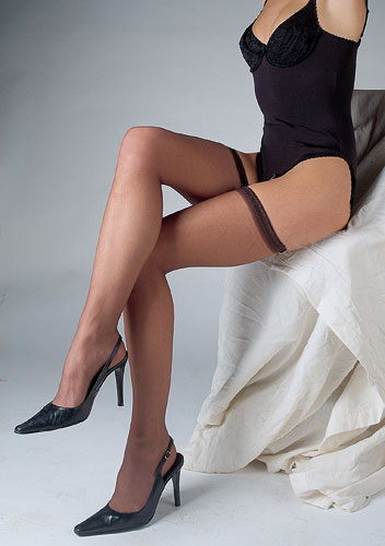 Silky Ultra Gloss Hold Ups