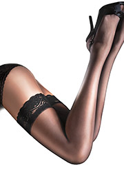 Aristoc Sensuous Lace Top Hold Ups Zoom 2