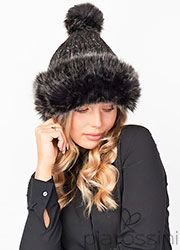 Pia Rossini Cara Knitted Hat Zoom 1