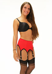 Sassy 6 Strap Plain Red Suspender Belt