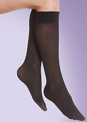 Silky Medium Support Flight Knee Highs Zoom 2