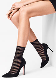 Wolford Janis Fashion Socks Zoom 1